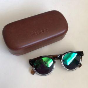illesteva leonard two toned mirrored sunglasses